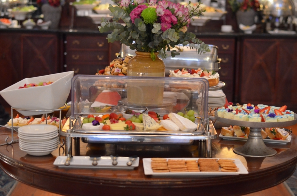 The Crest Restaurant Offers A Traditional Dining Experience Visitors And Hotel Guests Can Enjoy Sumptuous Breakfast Buffet Tantalizing Carvery