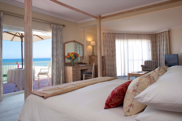 Luxury 4 star accommodation the geach hotel port elizabeth beachfront accommodation - Beach hotel port elizabeth contact details ...