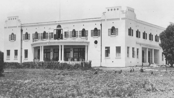 The history of the beach hotel - Beach hotel port elizabeth contact details ...